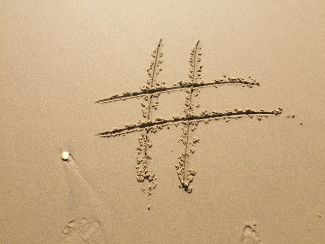 use HashTag to increase reach on twitter and Instagram